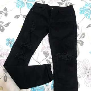Black mid waisted jeans