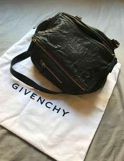 Givenchy Pandora Bag - Black / Medium