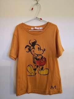 110 size Uniqlo T shirt