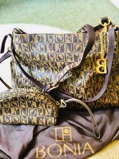 Original💯 pre💜 Bonia 2 ways bag