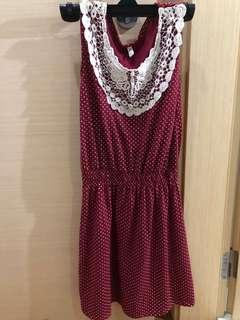 🚚 Lace detail dress