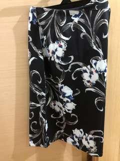 🚚 Midi skirt printed
