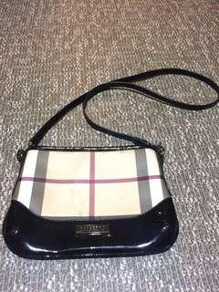 💯Authentic Burberry Sling Bag