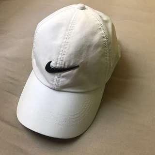 🚚 🇺🇸 紐約購入 nike golf 鴨舌帽 棒球帽 高爾夫帽 帽子 老帽