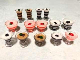 Handmade Miniature Italian dessert: Panna Cotta Orange Berry/ blueberry/ chocolate (Resin)