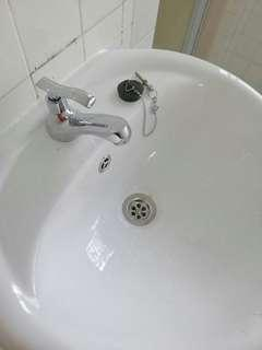 Basin water tap replacement