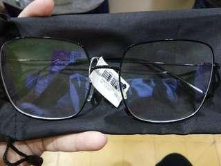 Kacamata stroberi