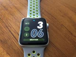 Apple Watch 42mm Series 2 Nike Edition