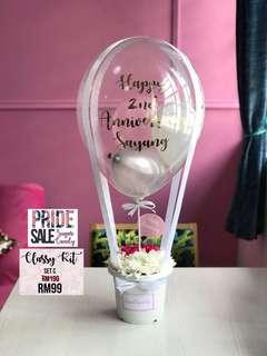 SURPRISE DELIVERY FLOWERS AND HOT AIR BALLOON CLASSY KIT (SET C)