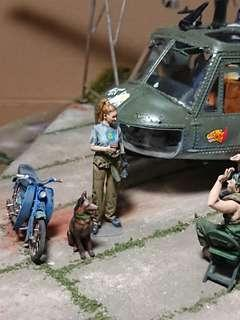 Centre of attraction - Huey chopper UH-1D Or beautiful girl mechanic in 1/35 Scale Diorama
