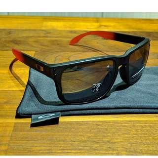 Oakley Holbrook™ Ruby Fade Collection (Asia Fit) Sunglasses • Prizm Black Polarized Lens • Ruby Fade Frame OO9244-2456