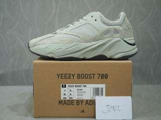 7US Adidas Yeezy 700 Salt