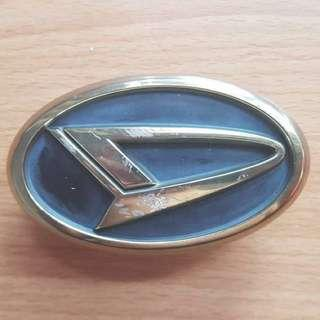 Emblem daihatsu move rs gold for grill