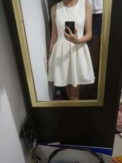 White Dress Bridesmate #SHERO