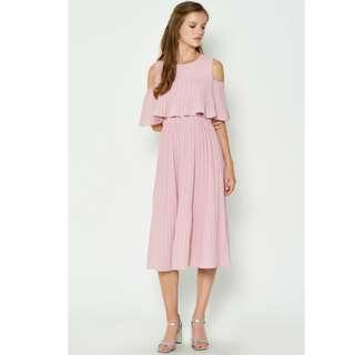 Love & Bravey: Joziah Cold Shoulder Pleated Midi Dress Pink