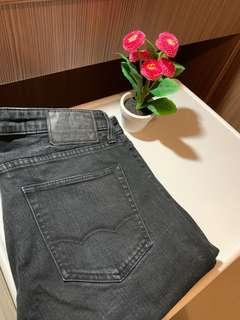 American Eagle Jeans Slim Cut Size 32