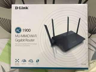 LIKE NEW! D-LINK AC1900 DIR-878 MU-MIMO Wifi Gigabit Router