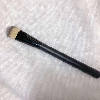 包郵🧸 aritaum 粉底掃 foundation brush