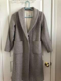 Aritzia wool cashmere coat size xs