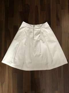 White knee length/midi skirt