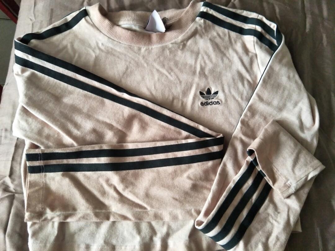 2f6aaa687 Adidas Crop Tee, Women's Fashion, Clothes, Tops on Carousell
