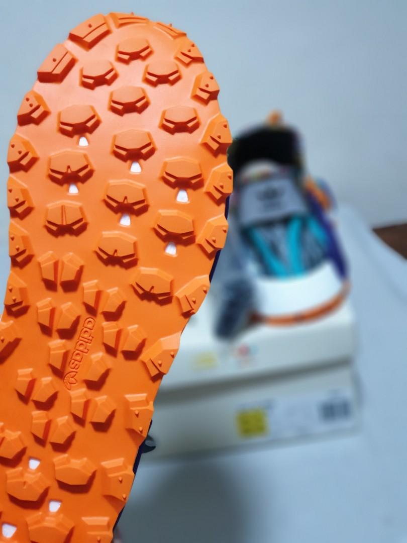 743708b15 Adidas Pharrell  MIELE  (forever) and  MBELE  (forward).