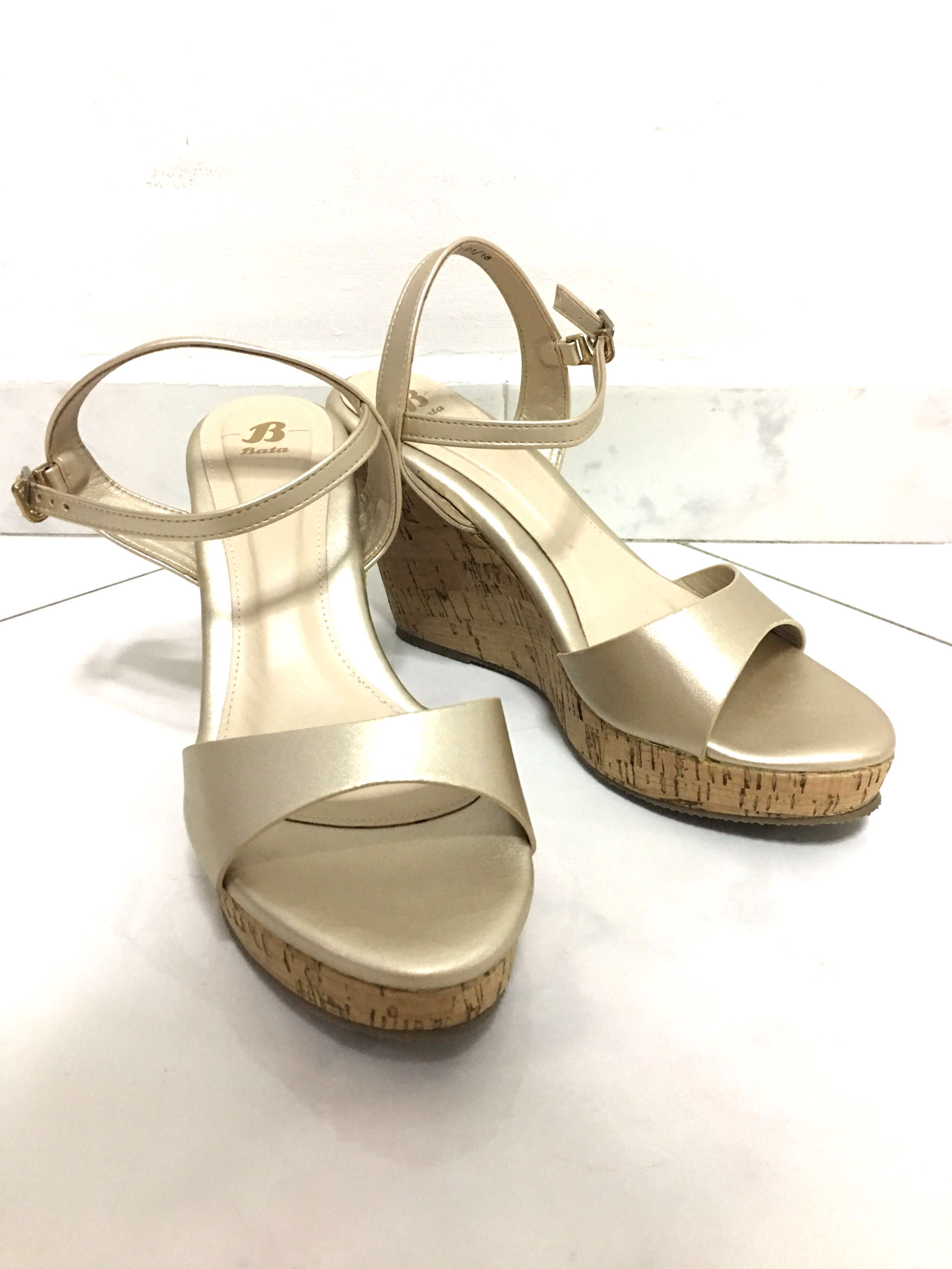 d0d2587140 Bata Golden Wedges Heels Peep Toe Shoes, Women's Fashion, Shoes, Others on  Carousell