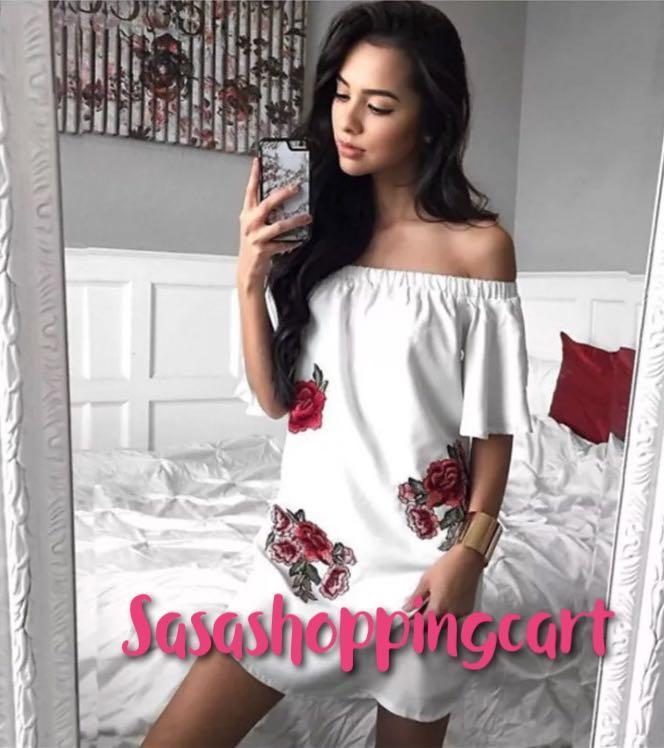 (Black/White) Embroidered applique word collar strapless trumpet sleeves sexy irregular hem loose dress
