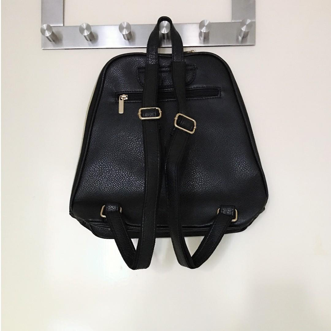 Brand New Giles N Brooks Black Leather Backpack with Pocket Detail