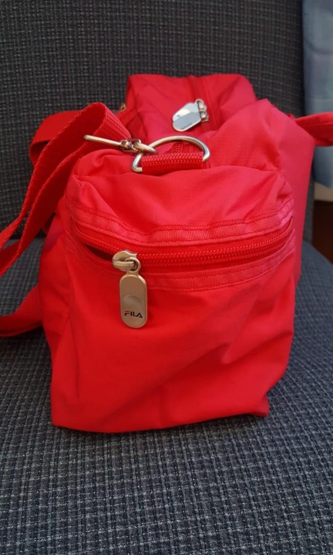 d76ab06dd5a3 Fila gym duffel bag