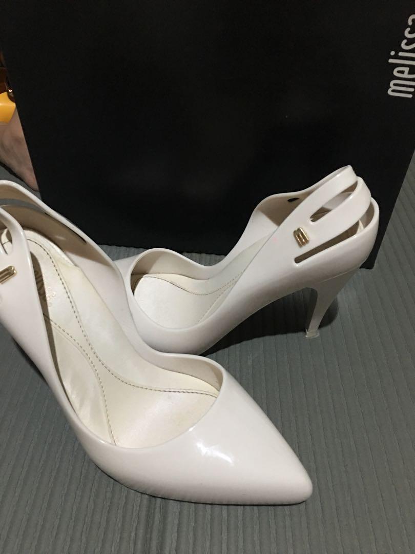 e36d36ff9014 Melissa Classic Heels
