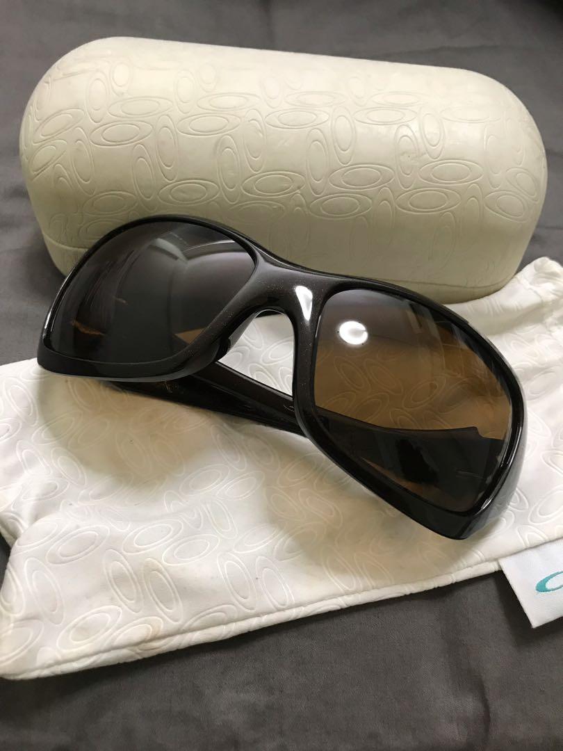 52aa7a0fd04ec Oakley Ravishing Women s Sunglasses