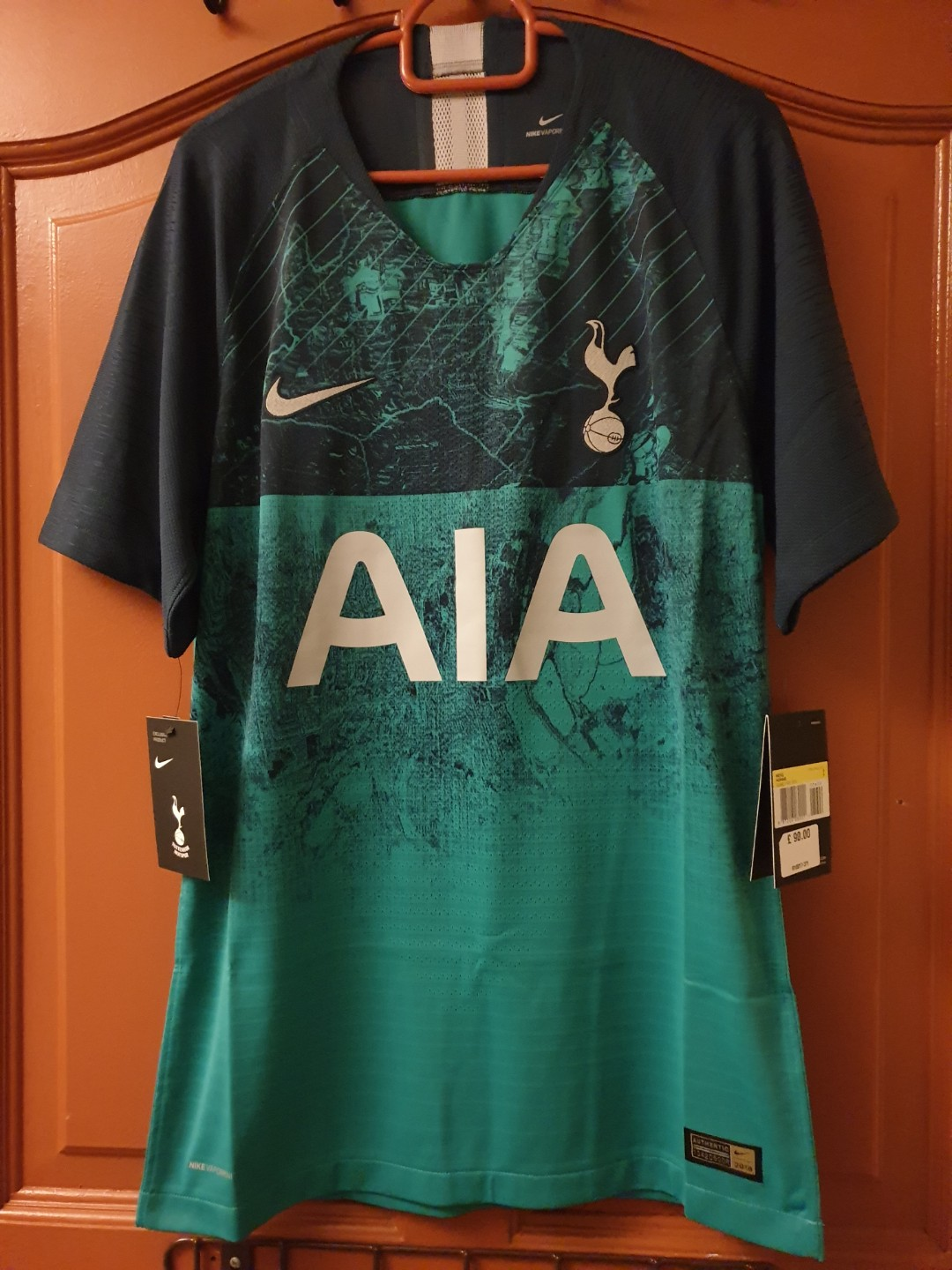 buy spurs third kit LeBron James leads the NBA jersey sales