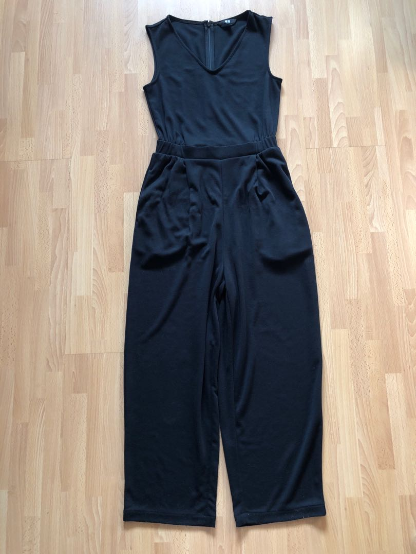 68a6f1b4949 Uniqlo Black Jumpsuit