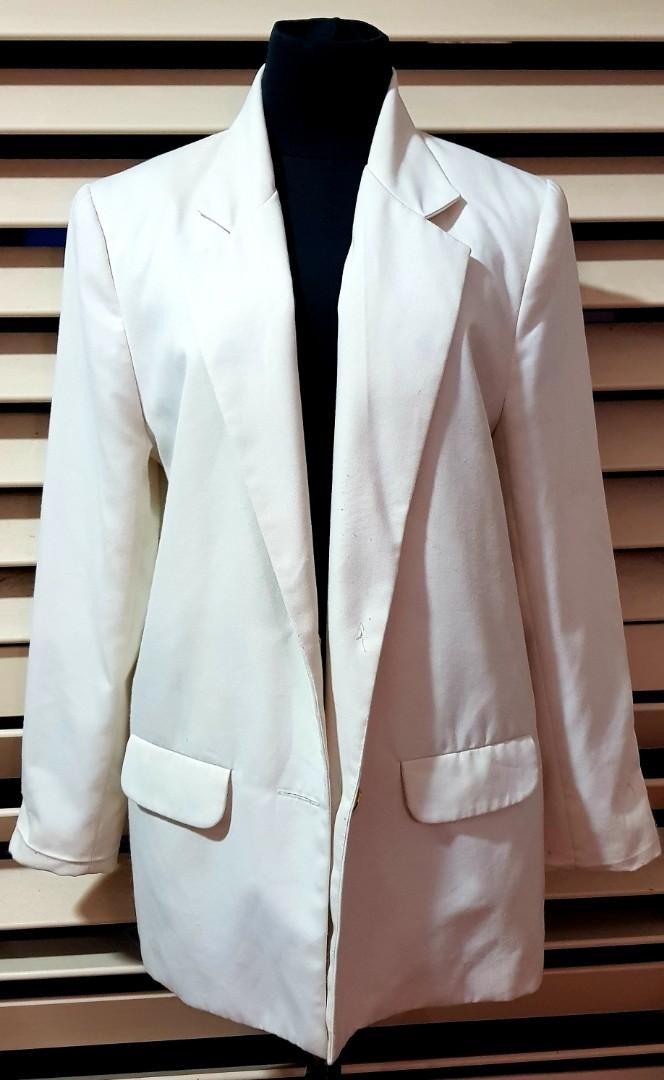 Womens vintage oversized cream jacket, size 10