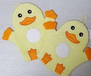Duckling Mittens