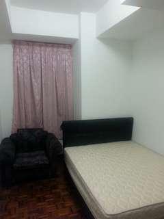 Middle room @ Villa Putra Condominium KL city centre for Rent  (Rent Negotiable)