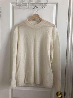 Aritzia wool sweater size 1