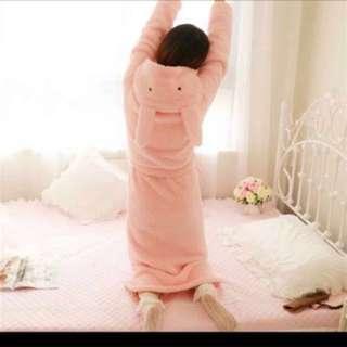 🚚 粉兔兔冬 保暖長浴袍 160cm以上適合🐰🐰👑