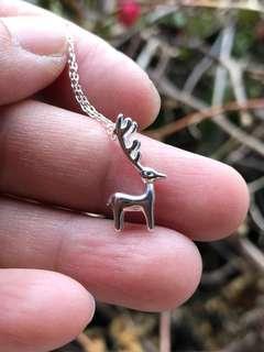 🚚 「守岑典藏」可愛麋鹿。純銀項鍊