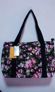 🚚 Handbag