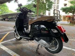 Vespa GTS 150 Black Automatic Scooter Iget Version