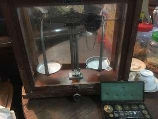Antique weighing scale machine