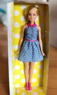 Barbie 芭比公仔