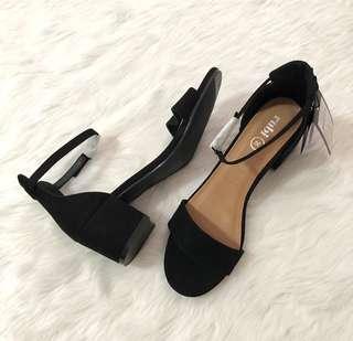 Rubi Ivy Low Block Heels (Black)
