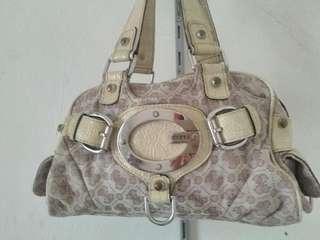 Light brown handbag guess