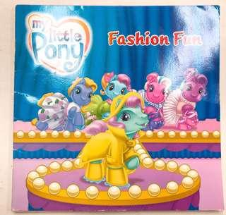 2005 My little Pony 彩虹小馬 小馬寶莉 古董故事集 童書繪本 vintage book 拍照道具