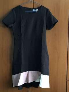 Black colourblock dress