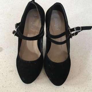 Kannina high heels