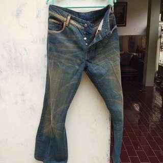 DKNY jeans bukan oldblue, elhaus, aye